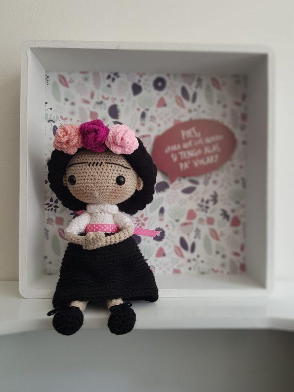 Frida Kahlo Amigurumi Crochet Caja